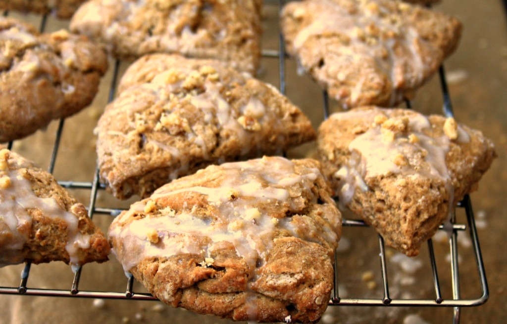 Molasses-scones