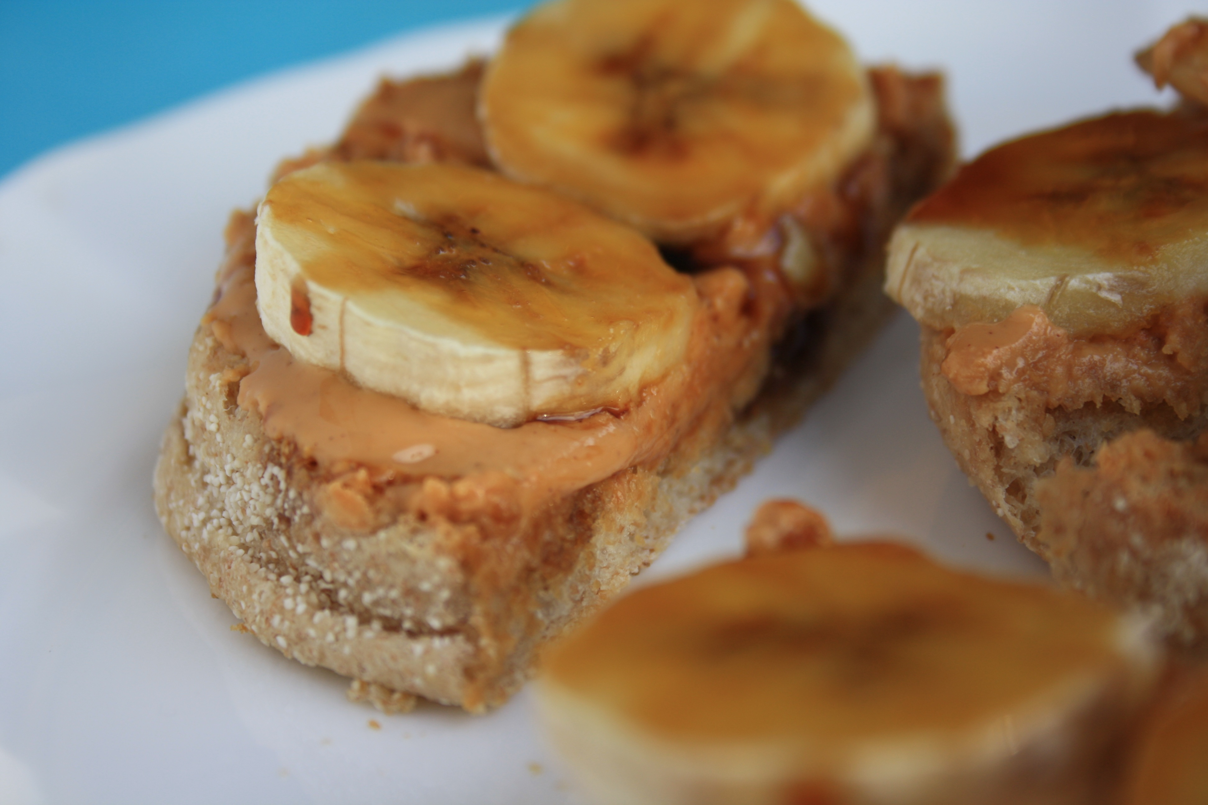 PB-banana-and-molasses-breakfast-sandwich-close