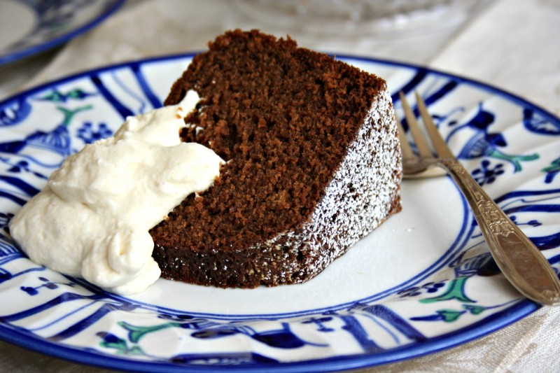 Espresso molasses cake