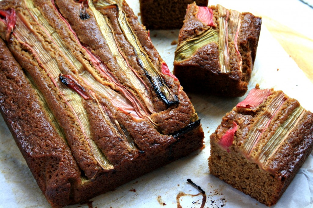 Rhubarb gingerbread, a classic gingerbread cake layered with sweet roasted rhubarb