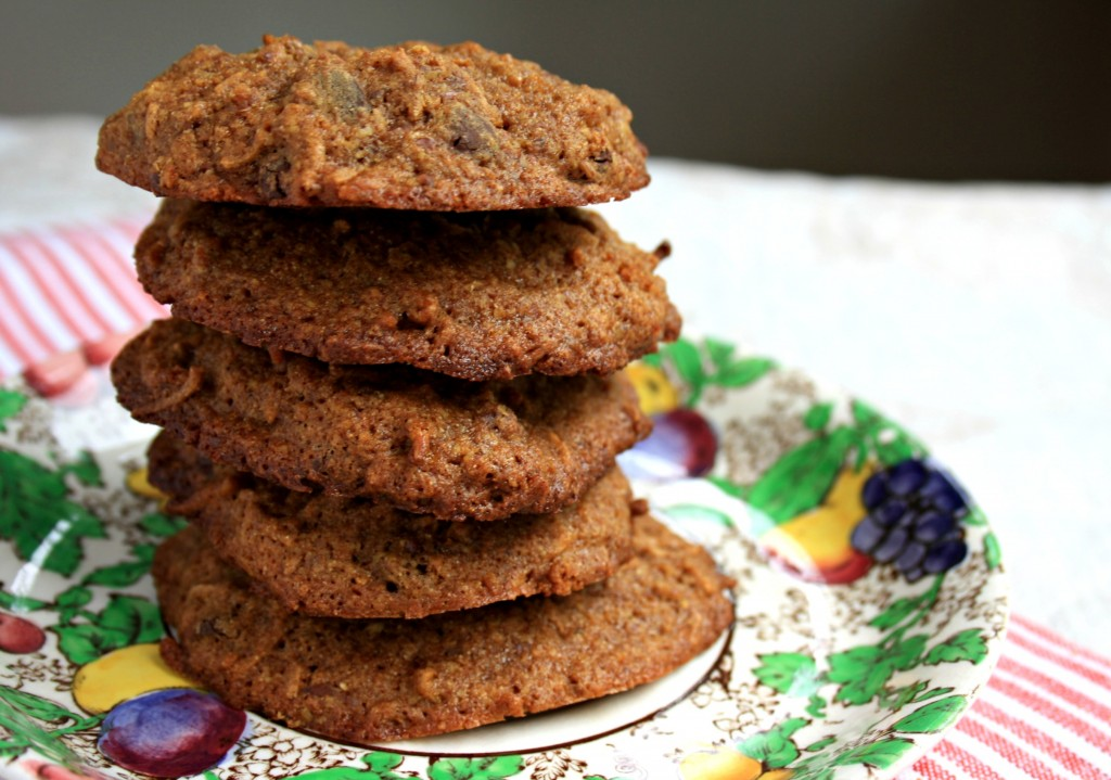 The ultimate healthy breakfast cookies loaded with flavour (orange zest, cinnamon, choc chips) & healthy stuff (flax, bran cereal, whole grain flour)