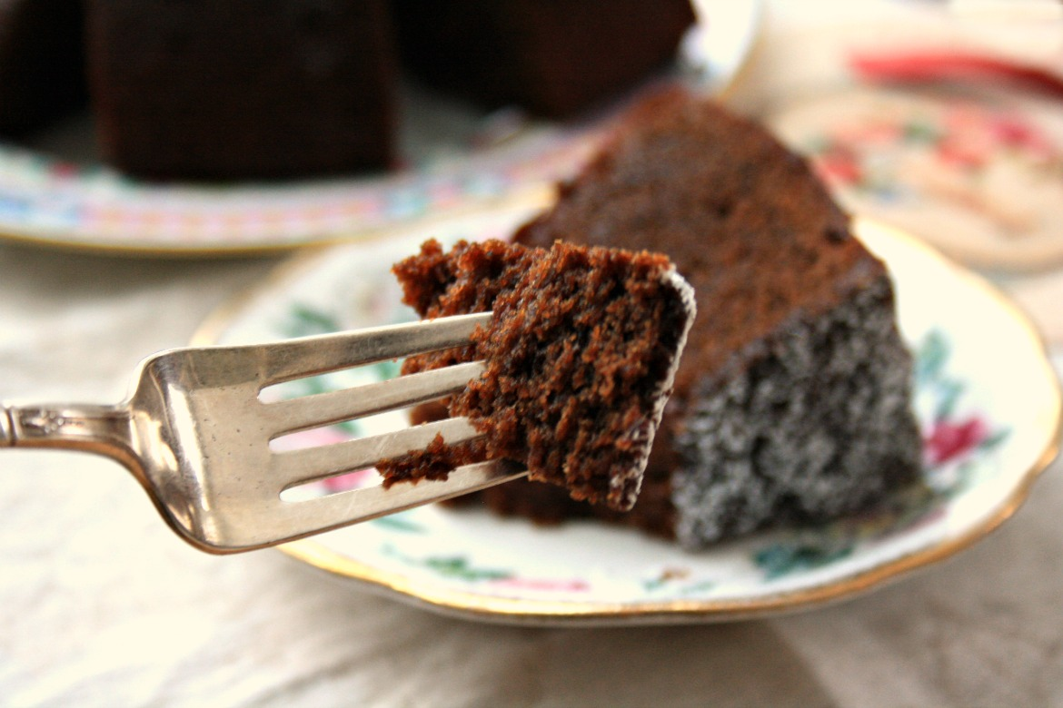 Guinness gingerbread cake a smoulderingly delicious Valentine's dessert