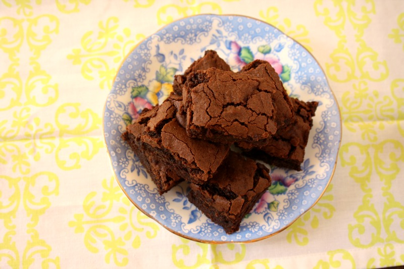 gluten free fudgy molasses brownies