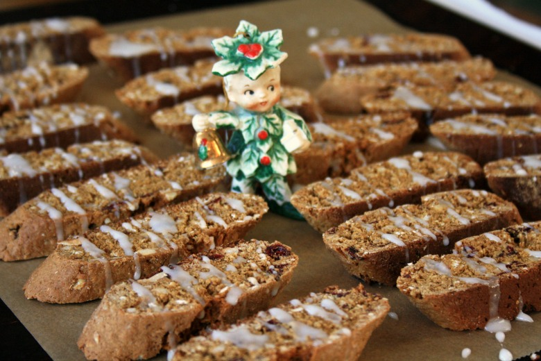 Gingerbread-biscotti-780