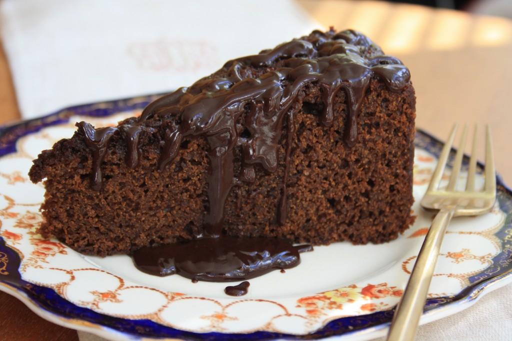 portion de gâteau au chocolat