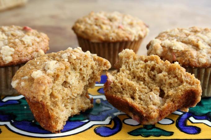Rhubarb-muffins4sm1