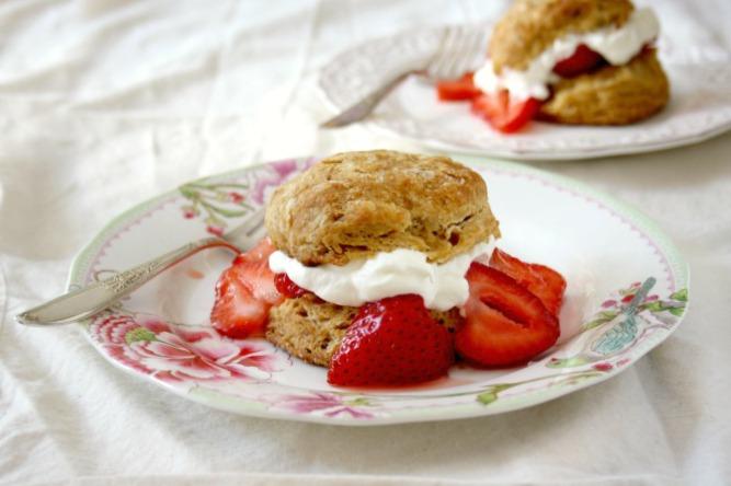 Biscuits poudre à pâte au gingembre et à la mélasse