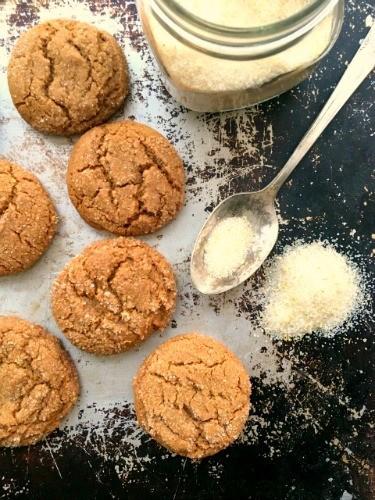 biscuits à la mélasse avec sucre blanc