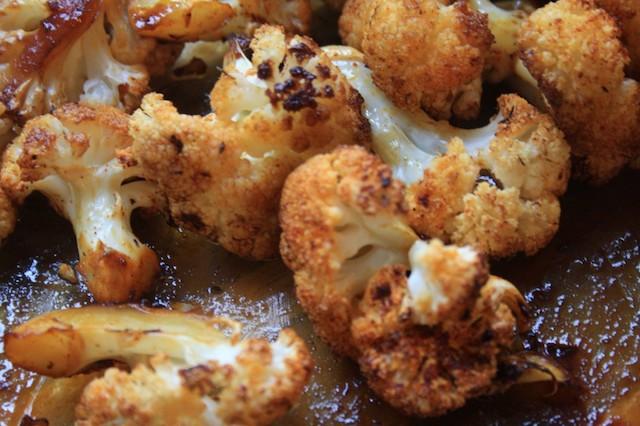Chou-fleur rôti doux et épicé