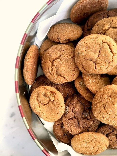 biscuits au gingembre dans un bol