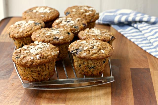 Muffins avoine et bleuets à l'érable et mélasse