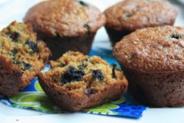 muffins-sante-aux-bleuets-et-au-germe-de-ble