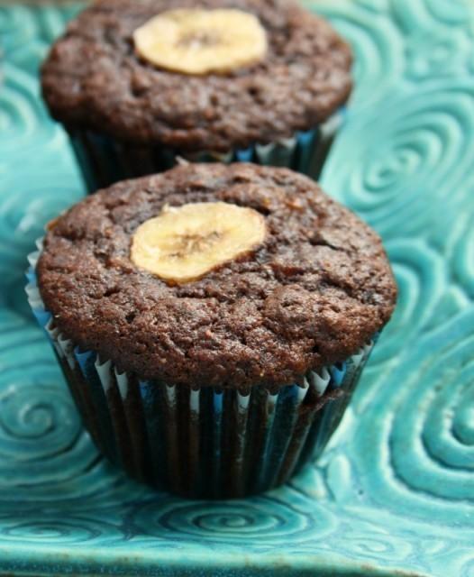 Muffins double chocolat au blé entier et à la banane