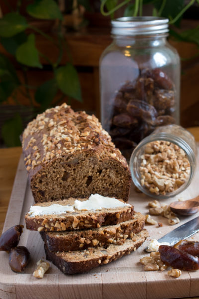 pain dattes et noix
