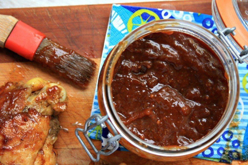 Sauce barbecue à la rhubarbe