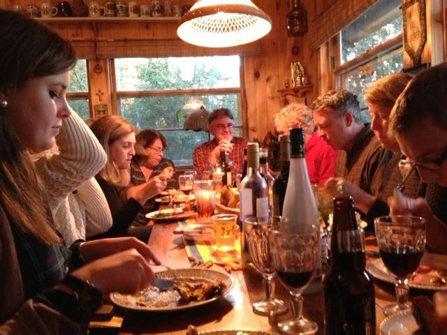 famille autour d'une table