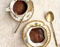 Deux Terrines de chocolat prêtes en 5 minutes dans une tasse
